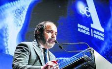 Pascal Gómez: «Álava es un referente industrial gracias al trabajo que SEA empezó hace 40 años»