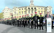 Aburto pide a los policías que se centren en «la prevención sin olvidar el aspecto punitivo»