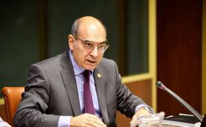 La Fiscalía de Álava investiga irregularidades en la designación del jefe de Nefrología del HUA
