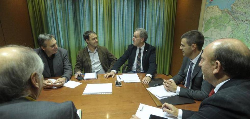 La Diputación quiere extender la «calidad» del servicio de taxi de Bilbao a todo el territorio