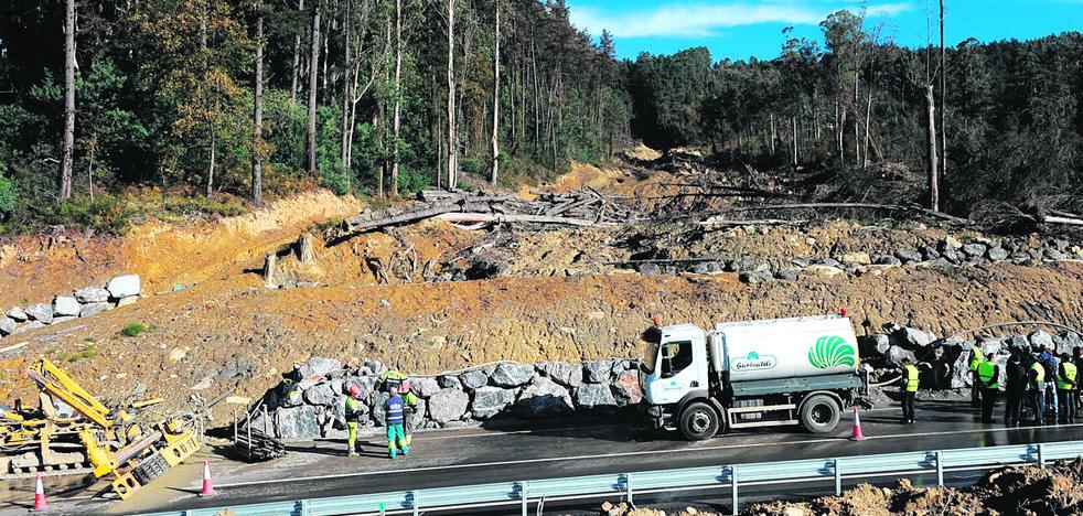 La Diputación drena una montaña en Larrabetzu para evitar más derrumbes