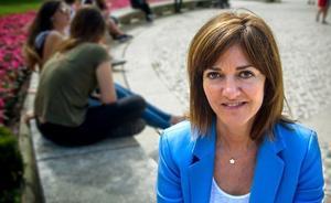 Idoia Mendia: «Hay que llenar el medio siglo de silencios impuesto por ETA con palabras de recuerdo a las víctimas»