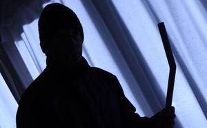 Detienen en Leioa a dos ladrones de un grupo especializado en robos en viviendas