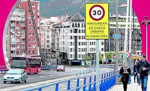 Los conductores levantan el pie del acelerador en sintonía con el 'Bilbao a 30'