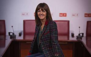 Mendia admite su «preocupación» por el riesgo de que el PNV «rompa la convivencia y la pluralidad»