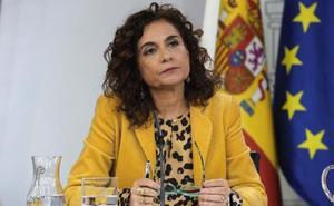 La ministra de Hacienda anuncia un inminente acuerdo presupuestario con el PNV y Sabin Etxea lo niega