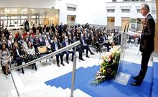 Urkullu pide «lealtad constitucional» al Estado para cumplir el Estatuto