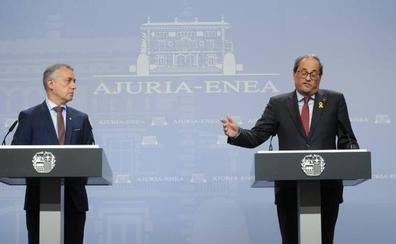 Urkullu pide a Torra un acuerdo con Sánchez y el president hace un alegato por la independencia
