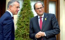 Urkullu y Torra discrepan: el lehendakari apuesta por la legalidad y el catalán por el 'procés'