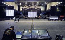 Doce horas para montar el escenario de Loquillo