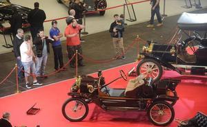 Retro Clásica reúne un siglo de joyas del automóvil en el BEC