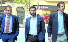 La acusación espera que el exprofesor de Gaztelueta «entre en la cárcel en semanas»