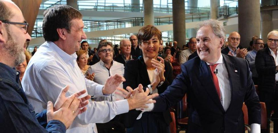«Hemos hecho de Bilbao un ejemplo a seguir», señala Alfonso Gil en su presentación a la Alcaldía