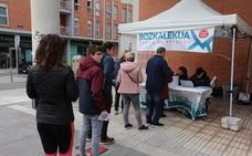 La primera consulta por el derecho a decidir en una capital vasca se salda con un fracaso