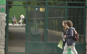 Multan a un colegio de Vitoria tras una denuncia de acoso escolar a un niño de 6 años