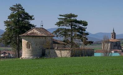 La ermita del románico alavés de Arrarain, en peligro por la futura línea del TAV