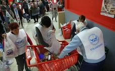 El Banco de Alimentos de Bizkaia necesita voluntarios para su gran recogida de este año