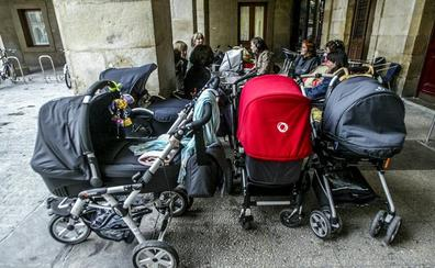 Álava devolverá antes de fin de año las primeras retenciones por maternidad