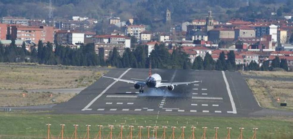 La huelga de pilotos de Air Nostrum cancela este viernes cuatro vuelos en Loiu