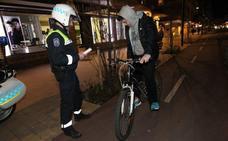 La Policía Local de Vitoria multa a 104 ciclistas en una semana