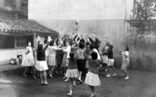 Las niñas que estuvieron en el origen del baloncesto en Álava
