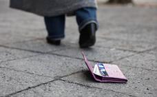 Investigan una oleada de robos en Bilbao en los que el autor rocía a las víctimas con spray