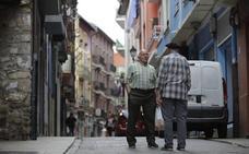 Más del 24% de las personas mayores de Bermeo viven solas