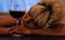 El alcoholismo en mujeres mayores incrementa el riesgo de fractura ósea y osteoporosis
