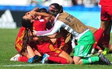 Las rojiblancas Nerea Nevado, Paula Arana y Naroa Uriarte, ante el sueño del Mundial