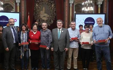 Bilbao rinde homenaje a la histórica librería Verdes por su defensa del euskera