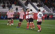 El Bilbao Athletic se desmelena en la segunda parte