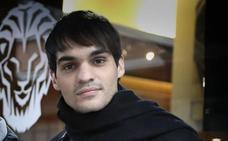 Eneko Sagardoy: «Ahotsenea niretzat harri bitxi bat da»