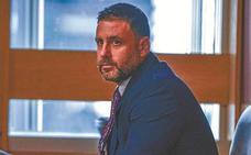 Pablo Ibar salva su primera semana de juicio sin que ningún testigo le incrimine