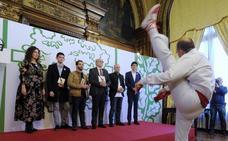 «Tenemos un idioma moderno y abierto a todo el mundo gracias a Euskaltzaindia»