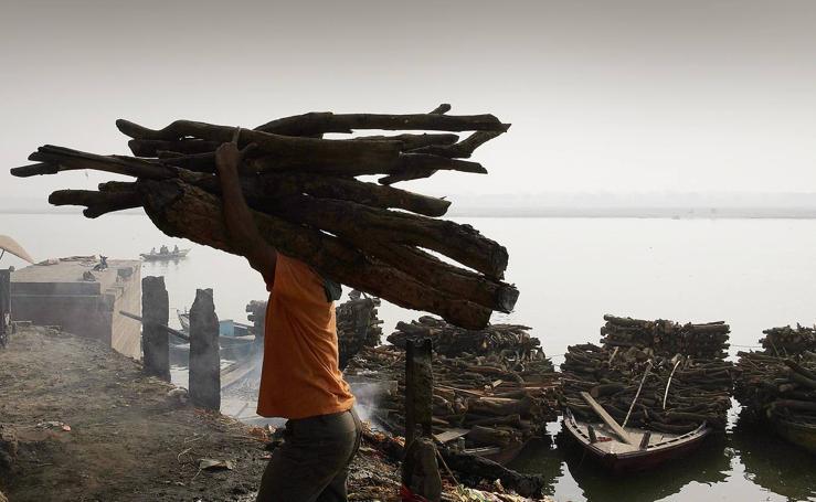 Ceniza sobre Varanasi
