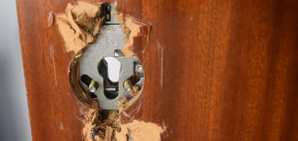 Más de un robo en vivienda a diario en Álava este 2018: ¿Cómo prevenirlo en Navidad?