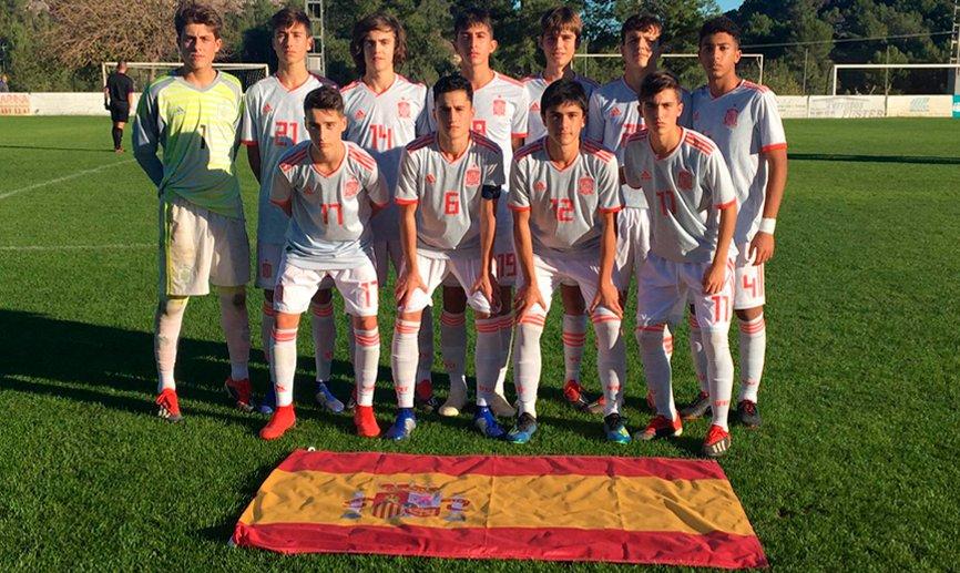 El hijo de Guerrero anota dos goles con España en un torneo
