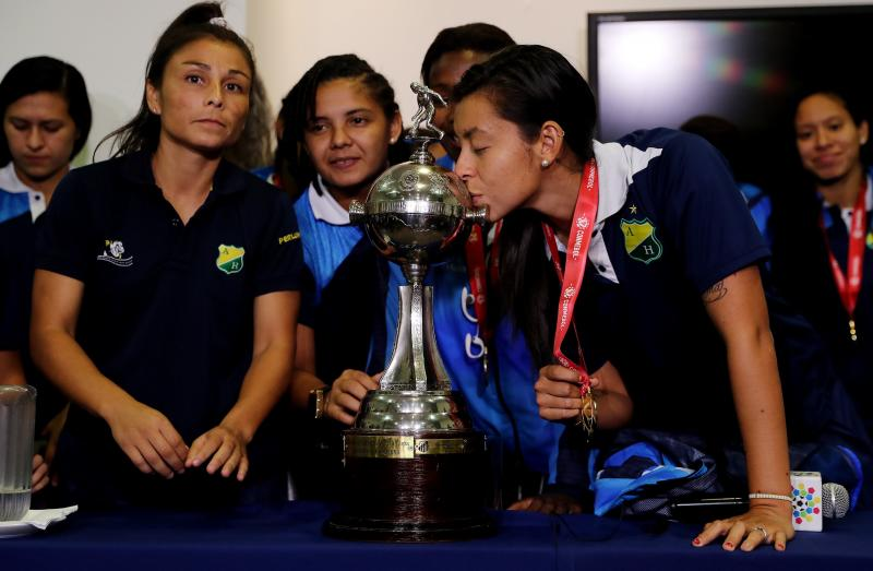 La polémica de la Libertadores femenina: el dinero por ganar el trofeo se lo lleva el equipo masculino