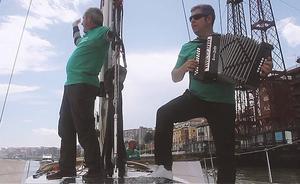 'Belak zabalik AEA gaixotasunaren atzetik' itsasaldia, dokumental batean