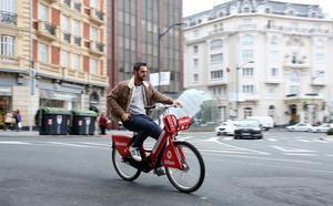 La bici eléctrica triplica el uso de las dos ruedas en Bilbao