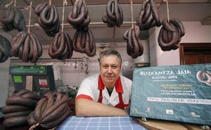 Elorrio acusa el cierre de carnicerías en su sexta fiesta de la morcilla