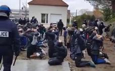 El arresto masivo de estudiantes dispara la tensión en Francia