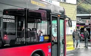 La coincidencia de los paros de Bizkaibus y Bilbobus pone en jaque el transporte público