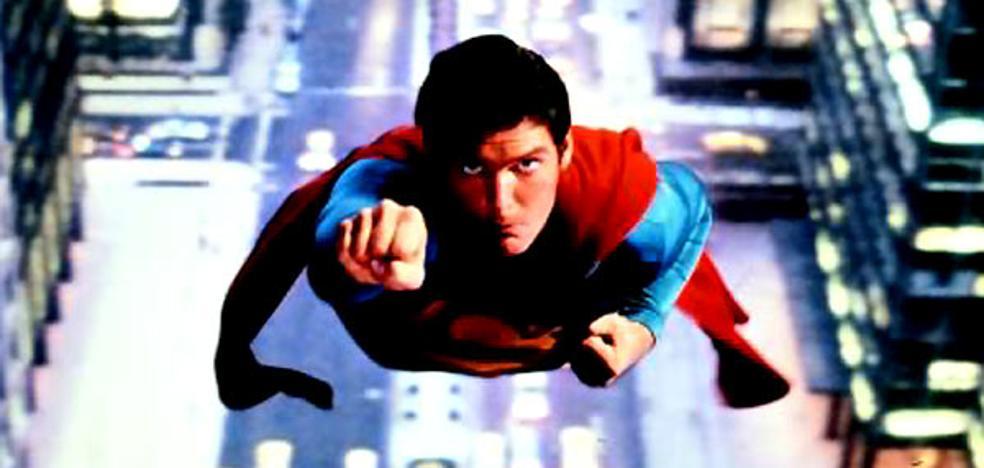 La nostalgia de Christopher Reeve y la esperanza de Supergirl