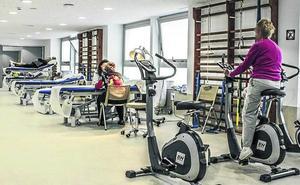 Pacientes con dolor de espalda o de hombro recibirán fisioterapia en su centro de salud en Vitoria