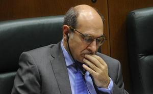 El Parlamento vasco descarta investigar la OPE de Osakidetza y reprobar a Darpón