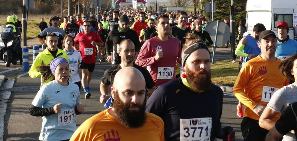 Más de 3.300 atletas correrán la Media Maratón de Vitoria