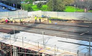 El PNV defiende comprar 96 plazas para crear un parking rotatorio en Astrabudua