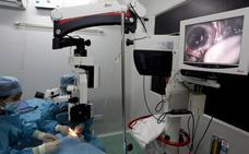 Los médicos defienden «la seguridad y la eficacia» de las lentes intraoculares