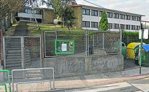El Gobierno vasco reparará en verano la cubierta de una escuela con goteras en Sondika